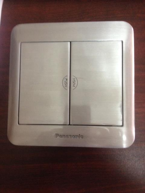 Ổ cắm âm sàn 6 thiết bị Panasonic